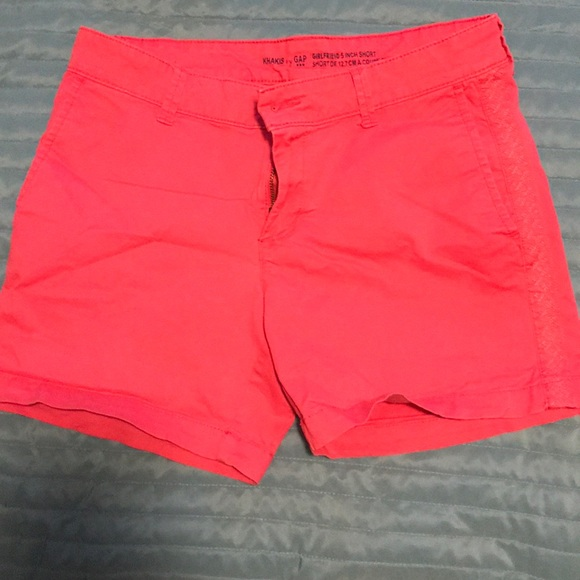 GAP Pants - Gap Girlfriend 5in Short